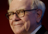 Warren Buffett : Focus On An Investment Genius